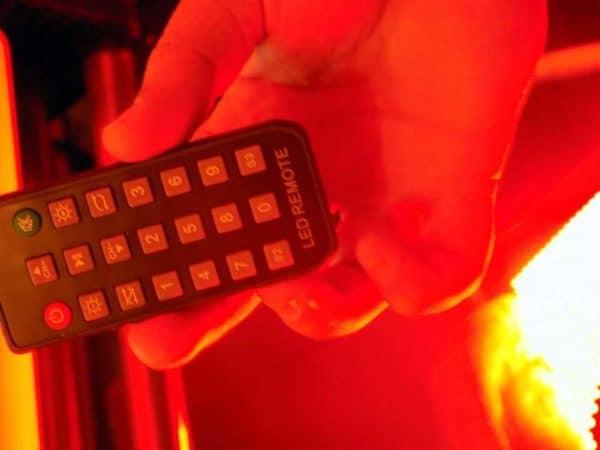 wyświetlacz reklamowy LED kontrola animacji pilotem