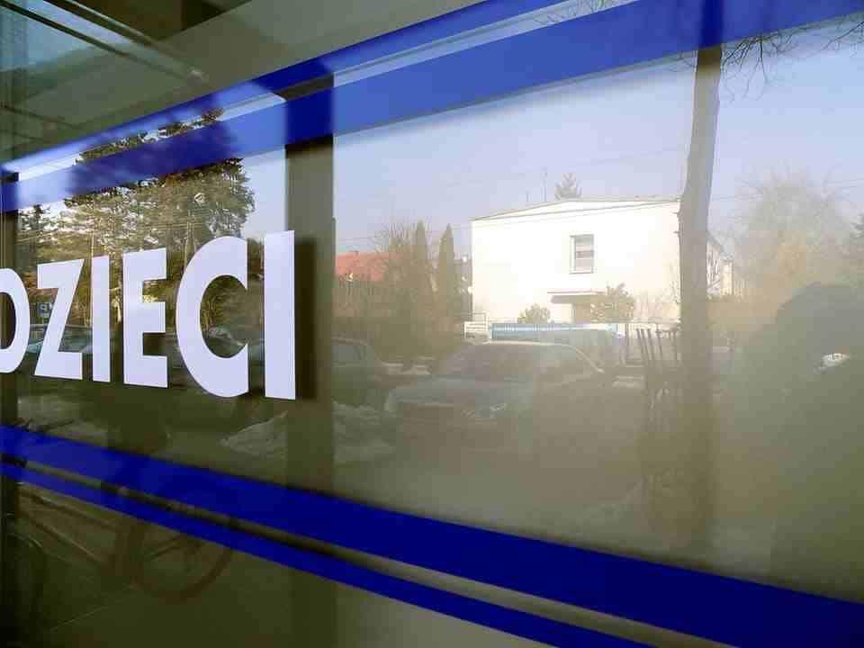 reklama na okna oklejanie szyby naklejki_17_1