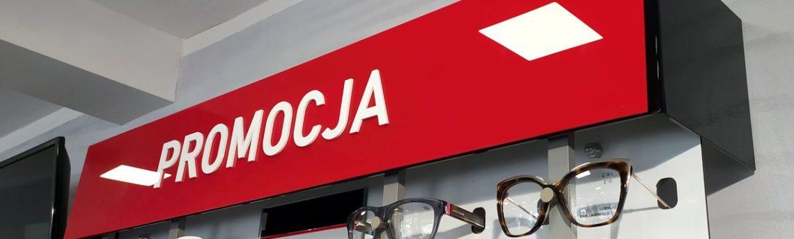 Ekspozytory sklepowe z plexi – salon optyczny