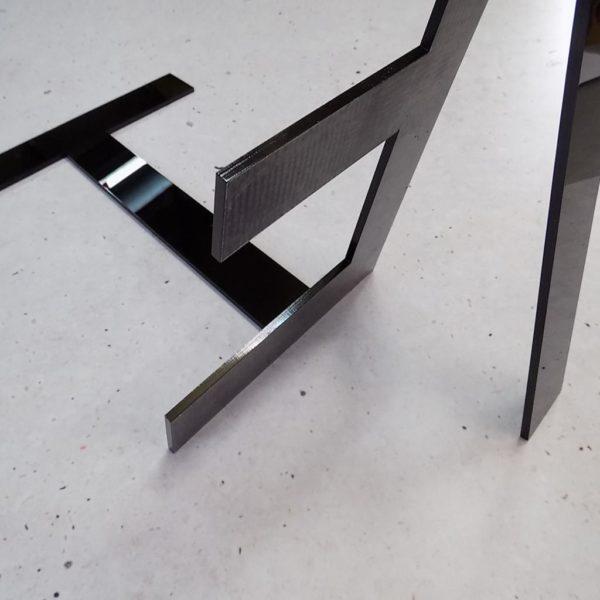 Wycinanie liter plexi laserem CNC