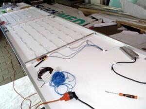 Produkcja reklamy świetlnej reklamowy kaseton podświetlany LED