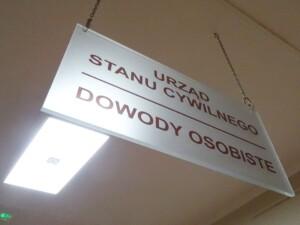 System oznakowania urzędu podwieszana tablica kiwerunkowa informacyjna
